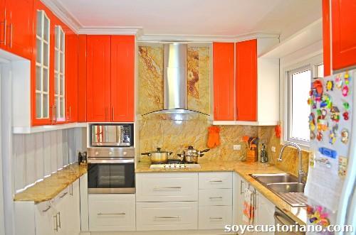 Fotos de anaqueles de cocina dekorshine en guayaquil for Anaqueles de cocina modernos